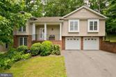 1098 LAKEVIEW DRIVE, CROSS JUNCTION, VA 22625 - Image 1: : Immaculate split foyer