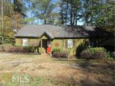 124 Chauvin Ct, Lavonia, GA 30553 - Image 1: Lake Hartwell Home Front View