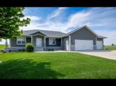 401 BEACHCOMBER Drive, Lake Park, IA 51347 - Image 1: CURB APPEAL 10+