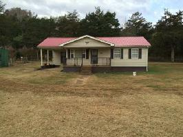 36 Young Rd, Buffalo Valley, TN 38548 Property Photo
