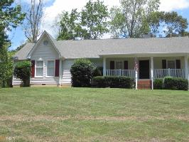 3825 Corinth Dr, Gainesville, GA 30506 Property Photo