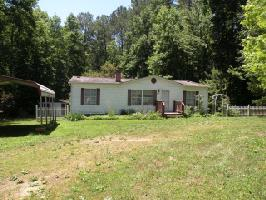 418 Hawthorne Dr, Bracey, VA 23919 Property Photo