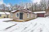 2953 W Shore Drive, Battle Creek, MI 49017 - Image 1: You will LOVE coming home!