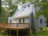 204 Cottonwood Dr, Hawley, PA 18428 - Image 1: Front & Other Side