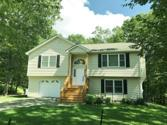 134 Cottonwood Ct, Milford, PA 18337 - Image 1: Front View
